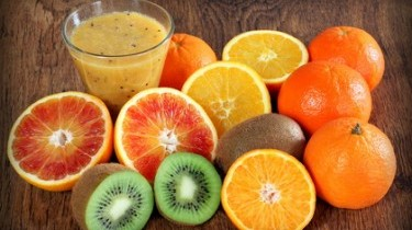 La vitamina C fa bene come camminare